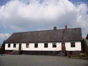 Hylla-gard-hus